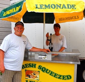 Couryard Catering and Specialties Lemonade stand